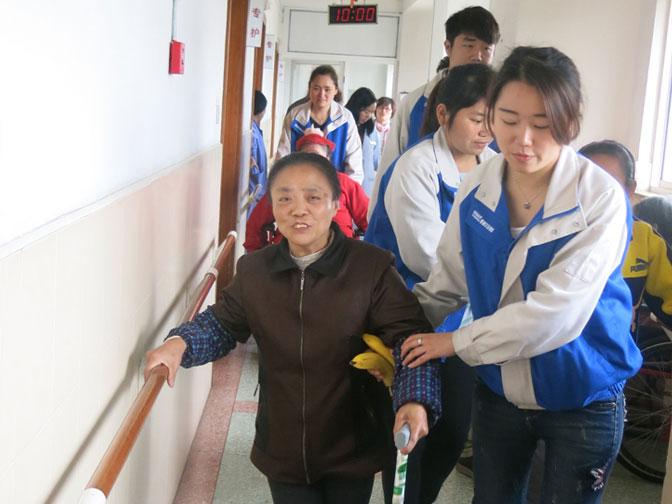 Denair Empleados fueron a la Cuarto Bienestar de Shanghai